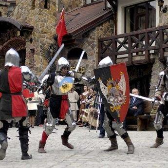 Лицарські забави, яскраві корпоративи у Карпатах
