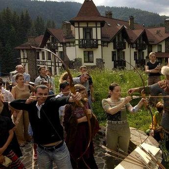 Стрільба з лука і інші середньовічні розваги, яскравий корпоративний відпочинок