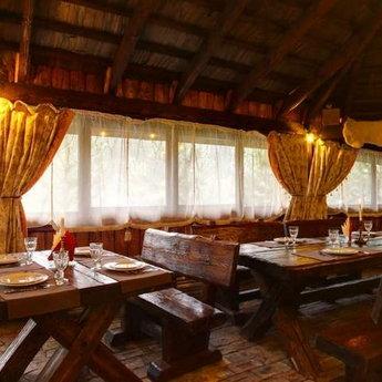 Пасіка, Гриль-бар в Карпатах