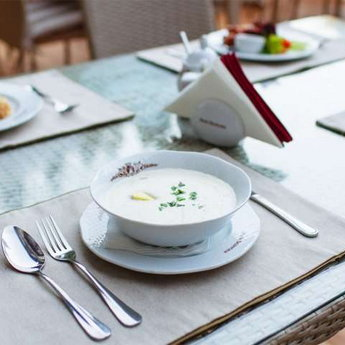 Обід в Карпатах в ресторані Трапезна 2014