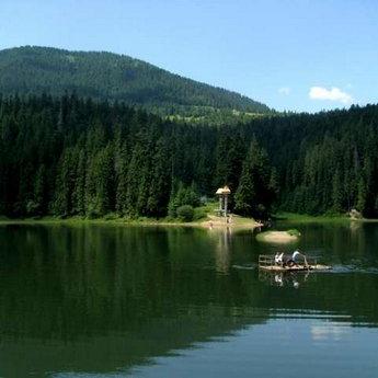 Карпати, озеро Синевир