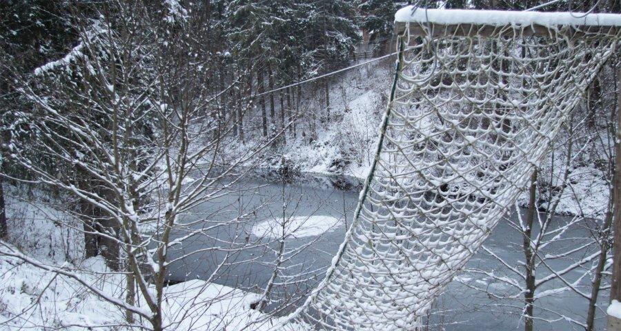 Карпатське озеро взимку, Волосянка