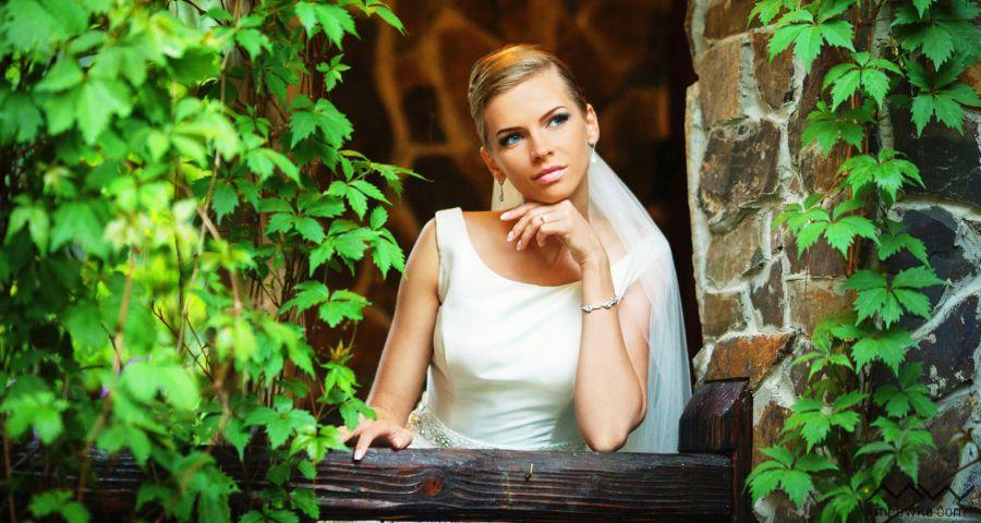 Романтичне весілля в готелі-замку Вежа Ведмежа