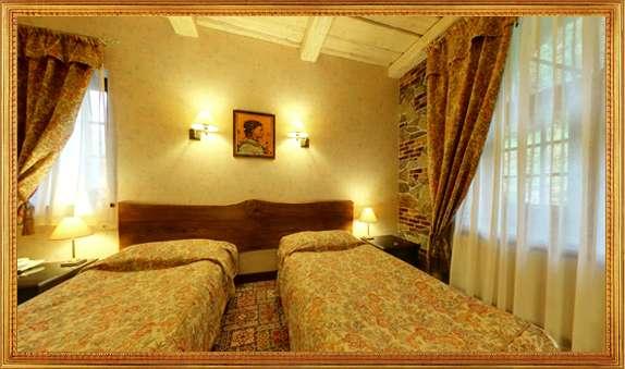 Двомісний стандарт з окремими ліжками без балкону