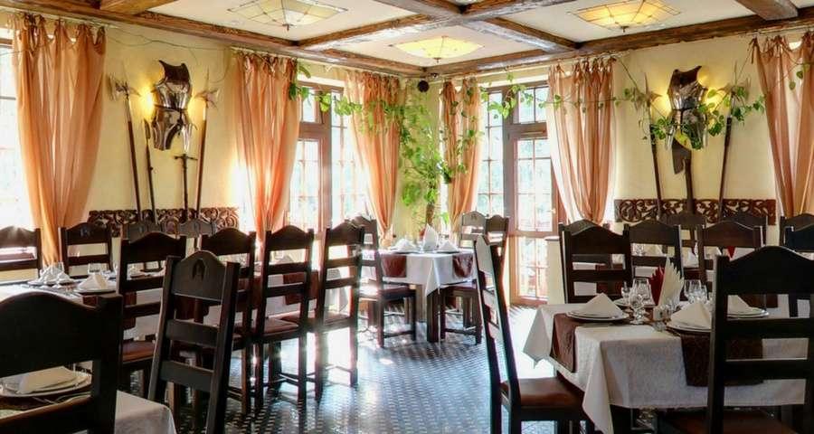 Ресторан Трапезна у Карпатах