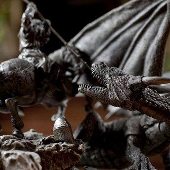 Статуетка Юрія Побідоносця, що долає Змія, Вежа Ведмежа