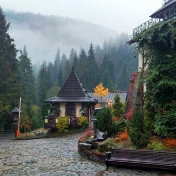 The best autumn holidays in Ukraine on hotels in Carpathians 2019