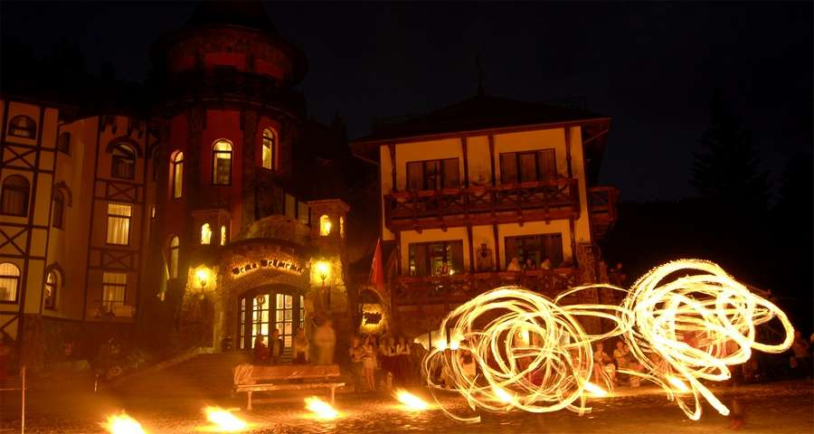 Fireshow - a sight that must see