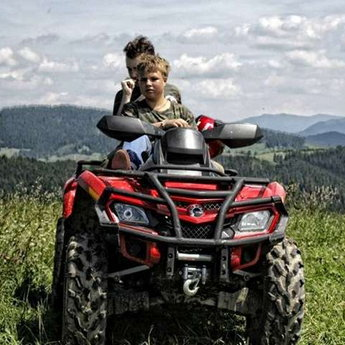 Family vacations, travel on ATV in the Carpathians