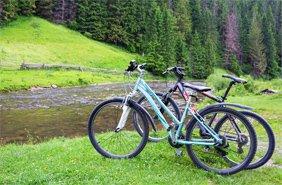 весняні велоподорожі по Україні