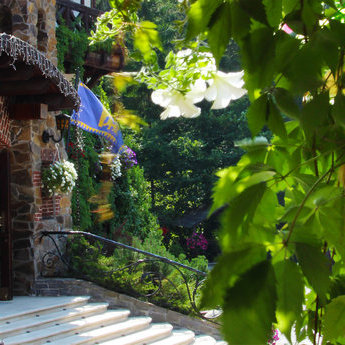 Розкішний VIP-готель в Україні у Карпатах