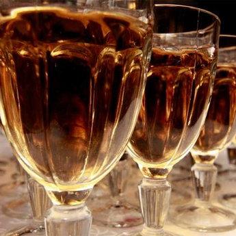 Вишуканий алкоголь на новорічному застіллі