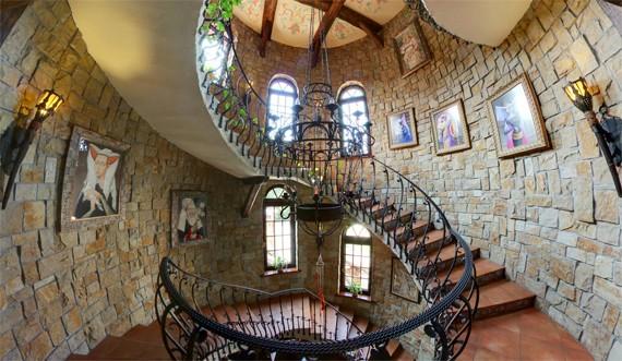 найкращі готелі україни - вежа ведмежа