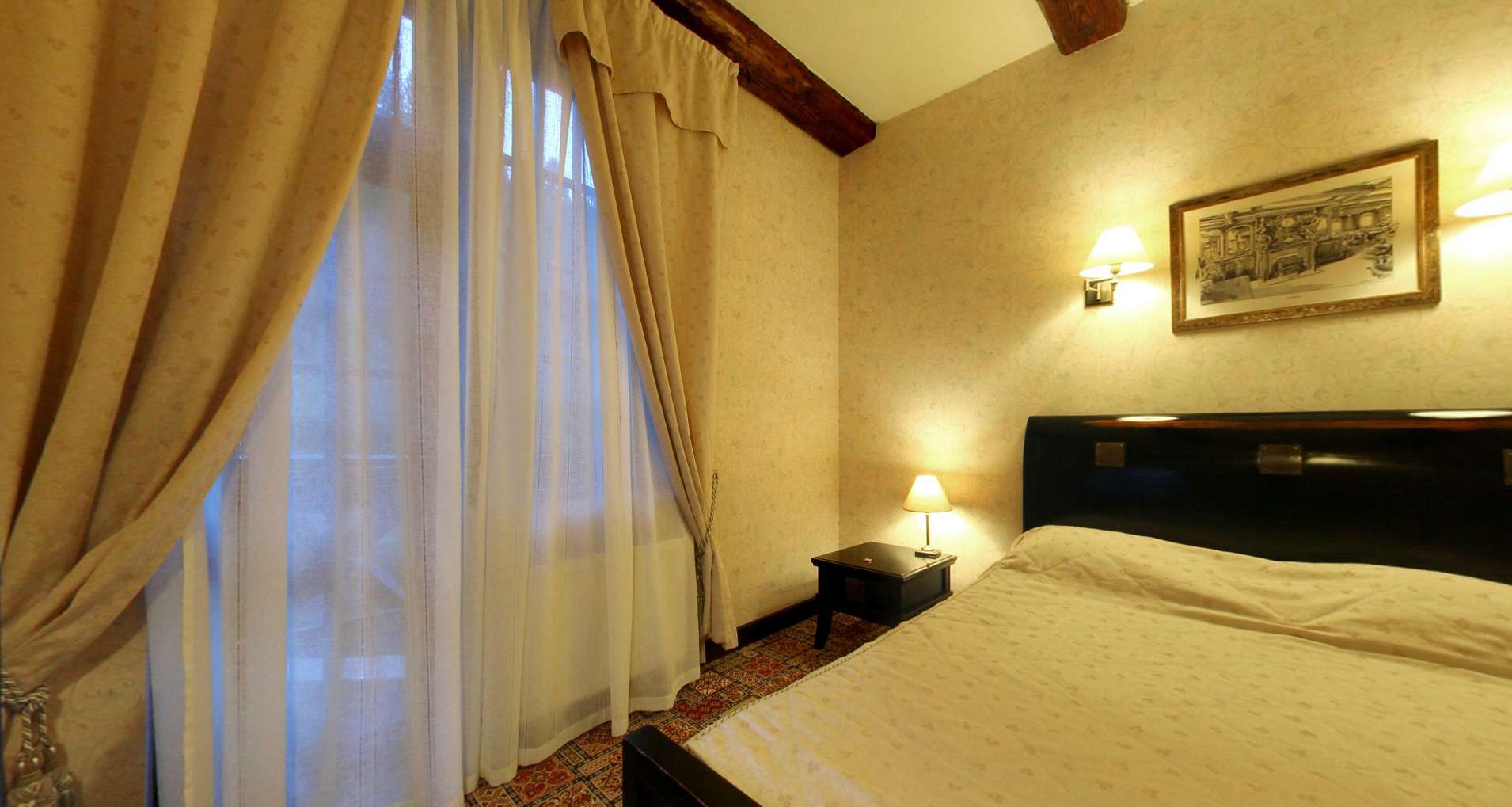 Vezha Vedmezha hotel in the Carpathians