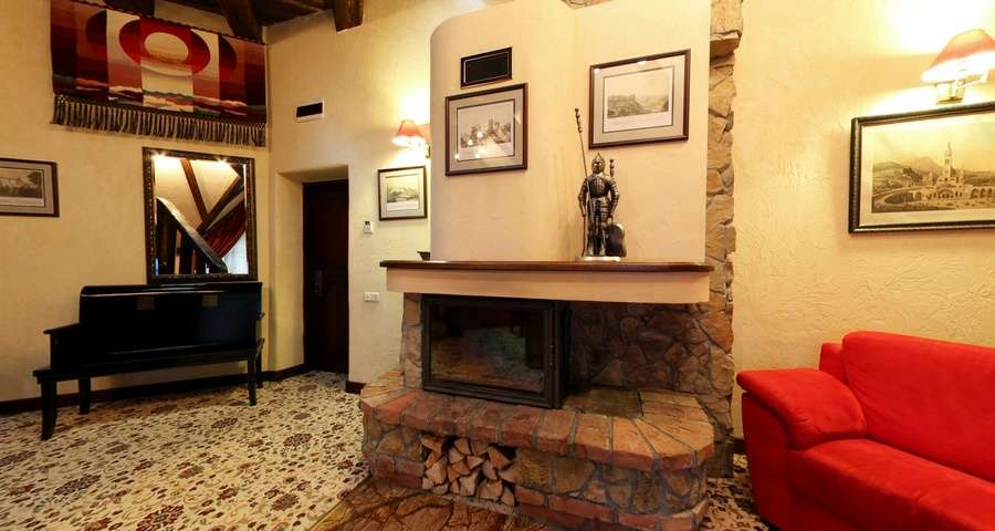 VIP-rest in Carpathians, Vezha apartments with fireplace, first floor