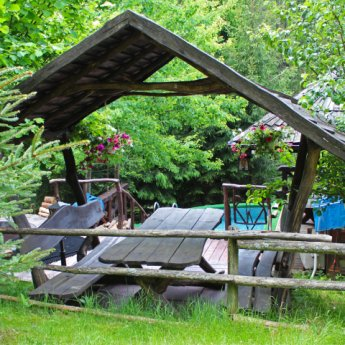 Спа-відпочинок у Карпатах: чан, банька, пропарювання, масаж та пілінги