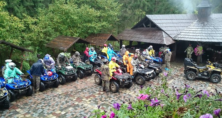 Travelling on quadrocycles in the Carpathians Autumn