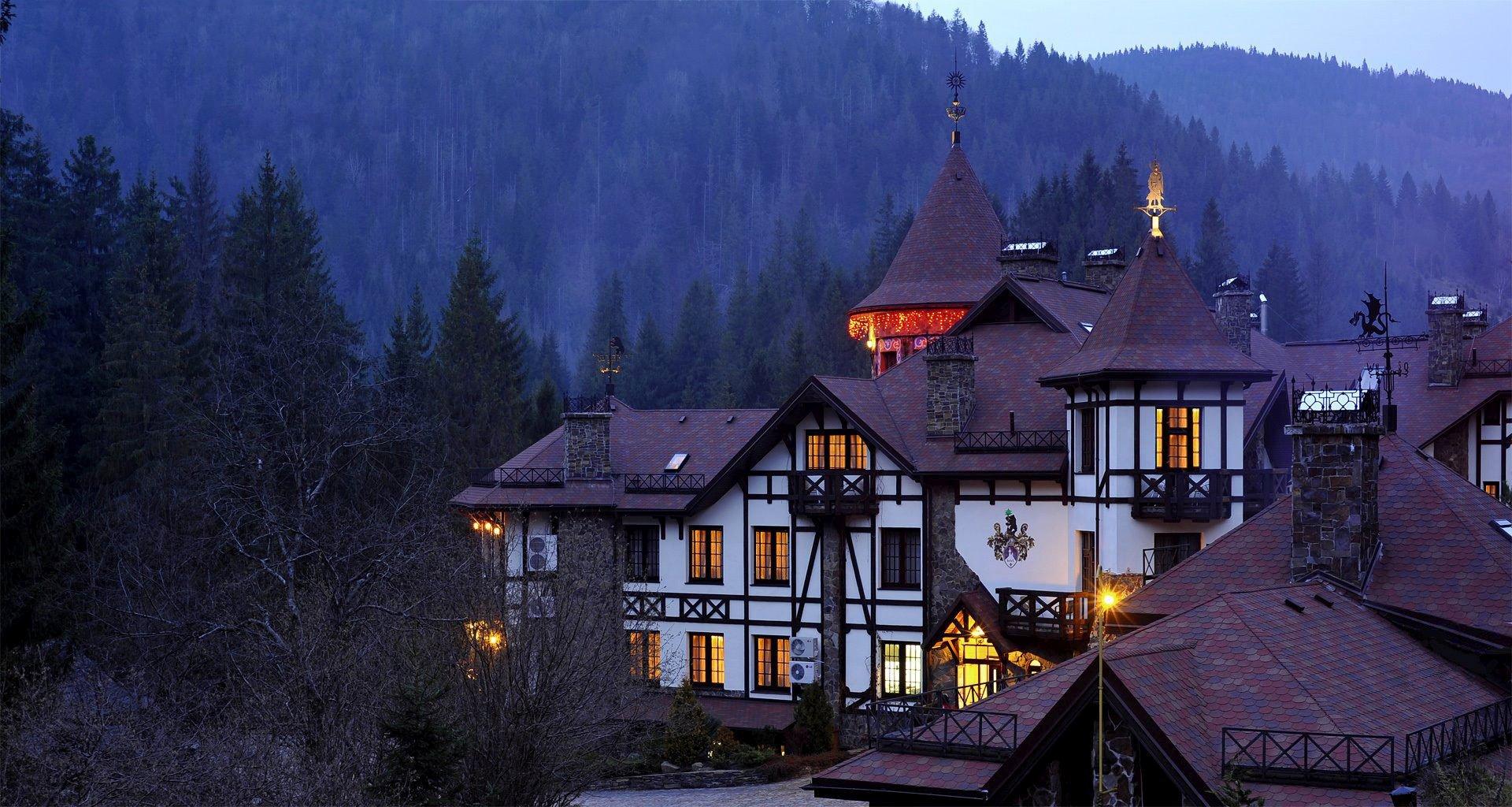 Autumn evening in the hotel in the Carpathians Vezha Vedmezha
